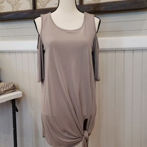 Jodifl taupe cold shoulder tie front NWT